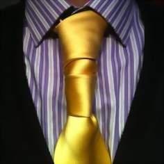 завязывание галстука удлинненным способом - спиральный узел
