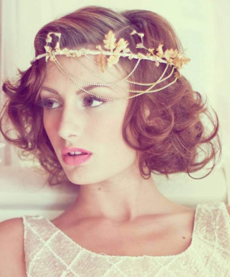 Свадебные прически с ободком на среднюю длину