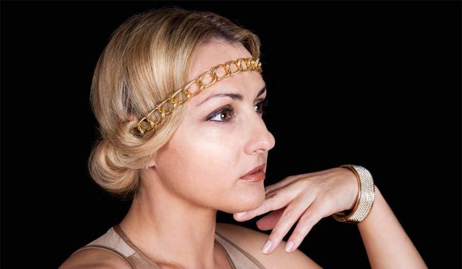 прическа в греческом стиле на короткие волосы