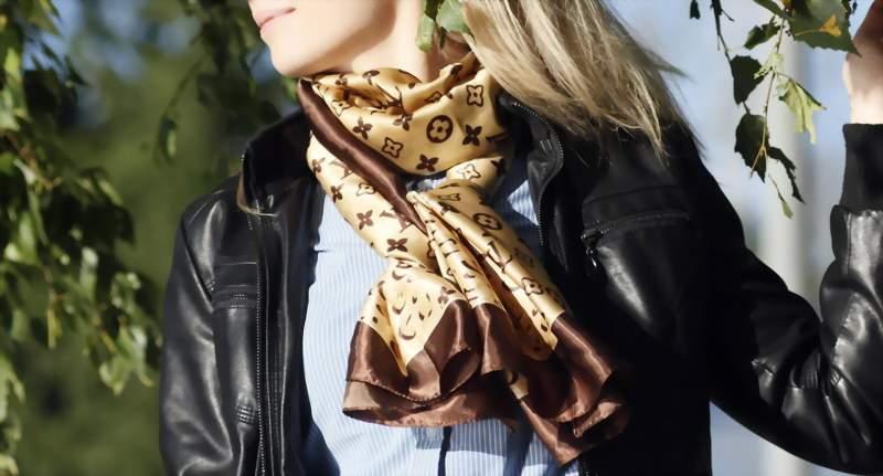 как завязать шелковый шарф