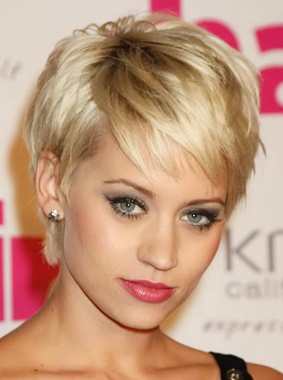 стрижка на короткие волосы с челкой фото