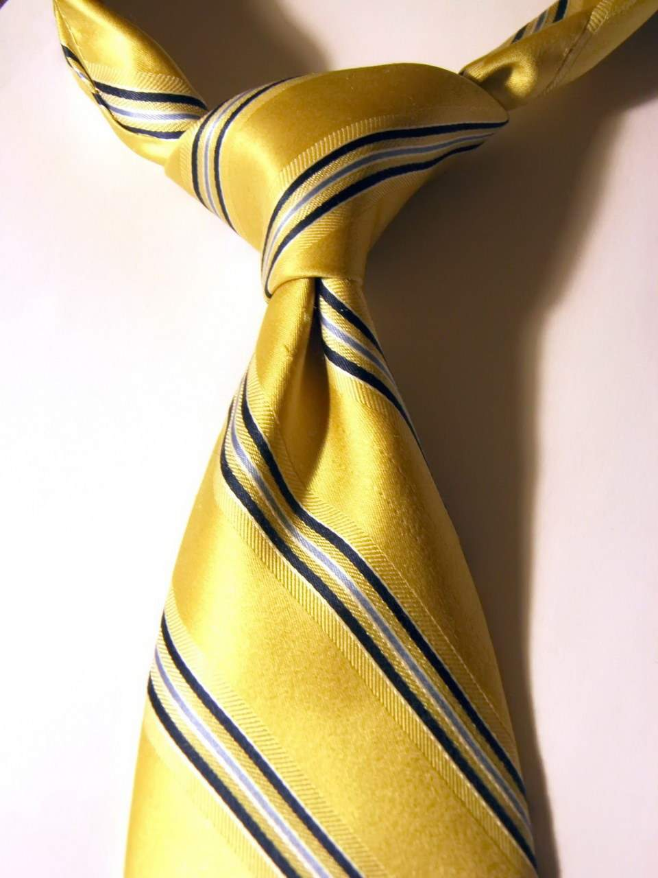 Никки - узел для галстука