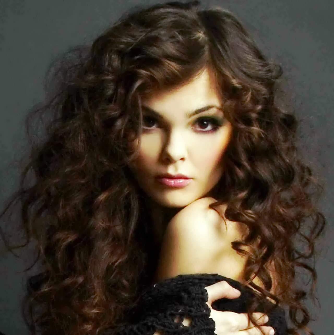 Волнистые густые волосы прически фото