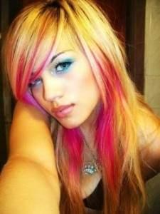 Колорирование светлых волос в два цвета с полутонами