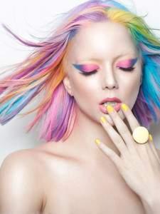 Пастельное колорирование светлых волос