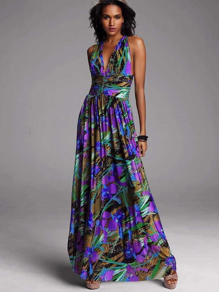 Приятный летний вариант макси-платья.