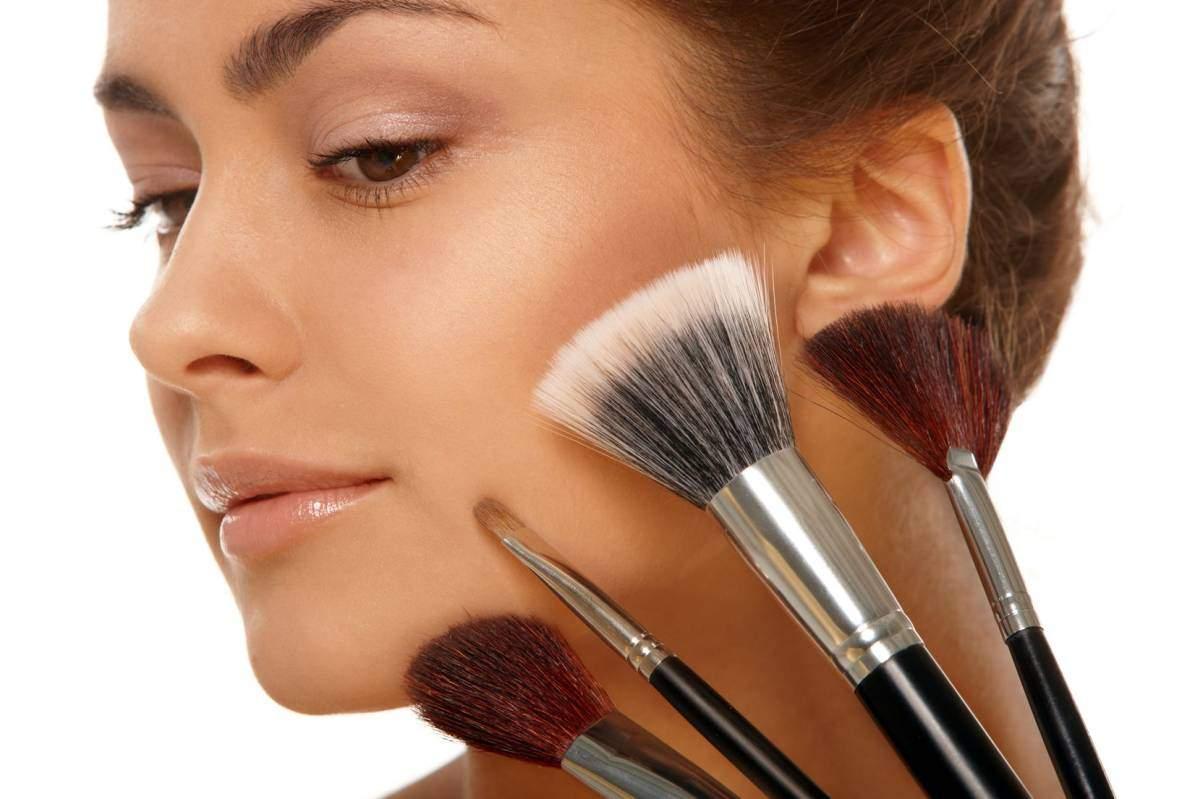 Как сделать студенческий макияж