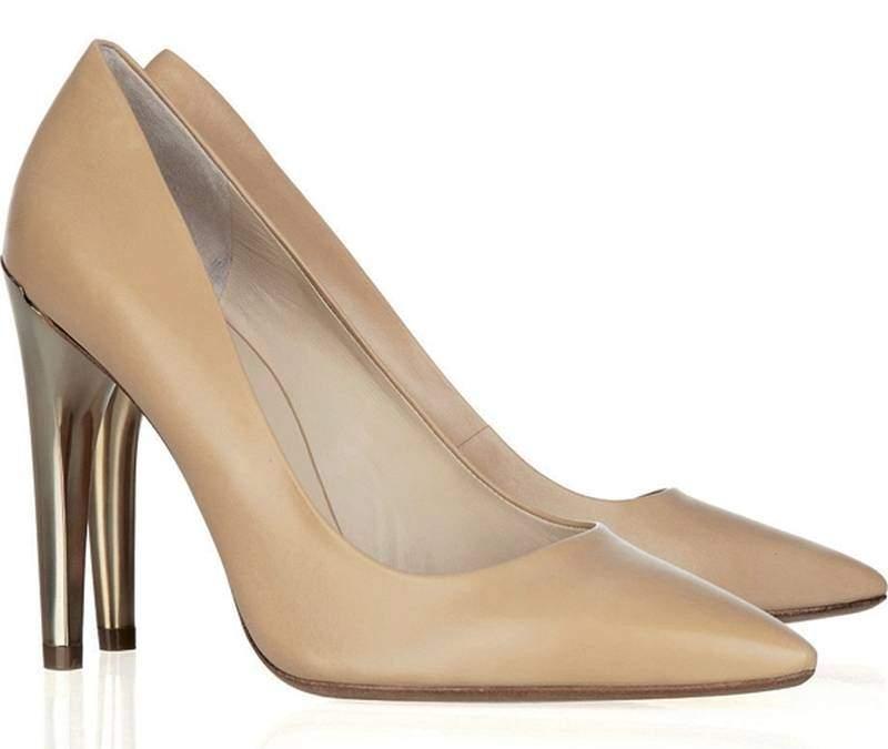 туфли лодочки как пример обуви деловой женщины