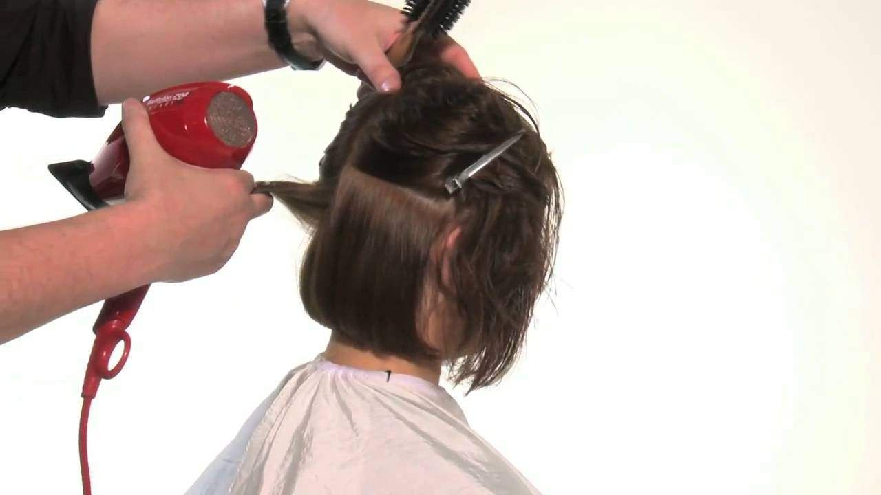 фото укладка волос феном средней длины